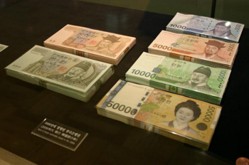 5万ウォン紙幣.png